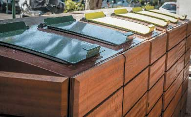 Abris conteneurs en bois image 2