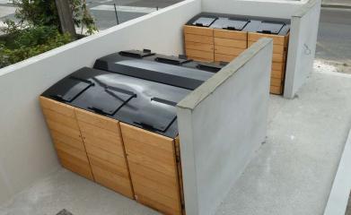 Abris conteneurs en bois image 7