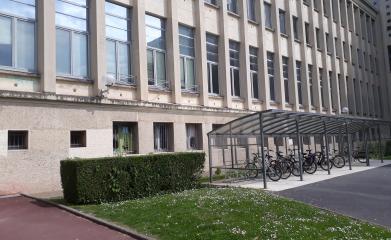 Abris vélos parking image 3